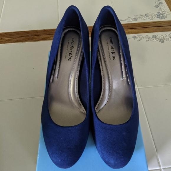 Karmen blue heels